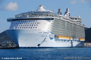 Kapal Pesiar Oasis of The Seas