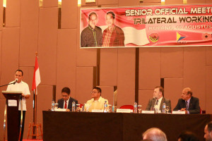 Gubernur NTT Frans Lebu Raya Berbicara di Senior Official Meeting of Trilateral Working Group/Foto: Humas Pemprov NTT