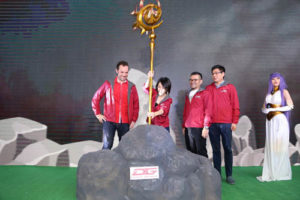 Head of Digital Lifestyle Telkomsel Crispin P Tristram, Direktur Marketing Telkomsel Rachel Goh, Vice President Branding and Marketing Communications Nirwan Lesmana dan CEO PT Indofun Digital Technology Mark Lee saat Peluncuran Game Lord Of Estera di Jakarta, Senin (30/09).  Foto: Telkomsel