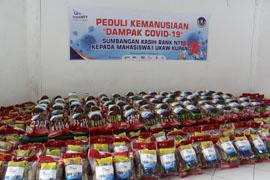 Bantuan Paket Sembako dari Bank NTT untuk Mahasiswa UKAW Kupang/Foto: lintasntt.com
